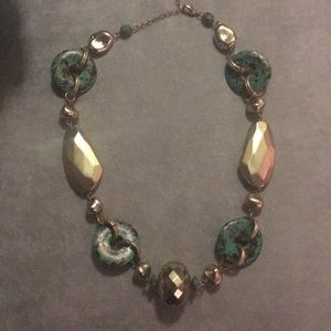 Jewelry - Turquoise and gold fashion necklace